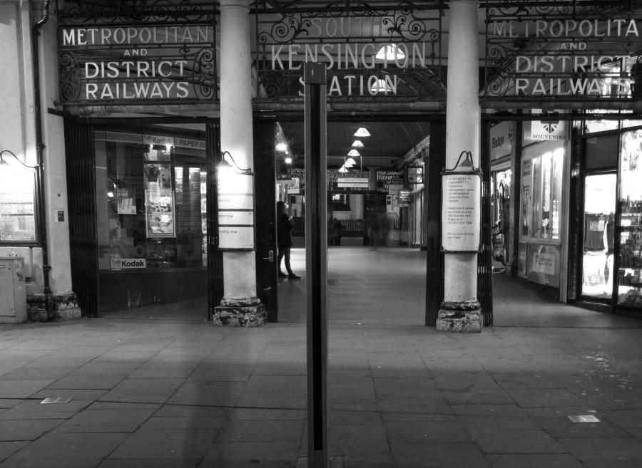 Kensington Station-2